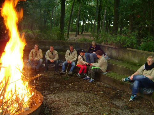 Kampvuur met de Scout Angels van Scouting Boxtel
