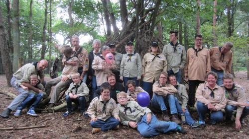 Hutten bouwen met de Scout Angels van Scouting Boxtel